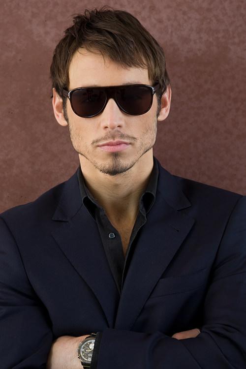 Danijel Peric - Schauspieler - Gangster Anzug - Portrait